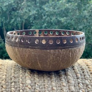 Coconut Bowl handcarved – RUSTIC design