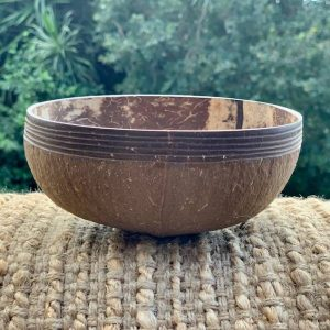 Coconut Bowl handcarved – IVORY design